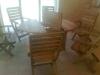 Sendintas ąžuolinis stalas su prailginimu ir kėdėmis